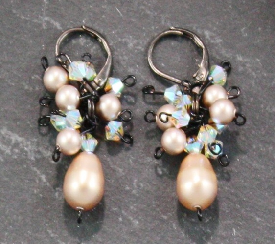 Marilyn Powder Almond Earrings